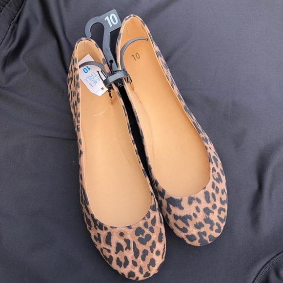 Tru Shoes | Nwt Leopard Flats | Poshmark